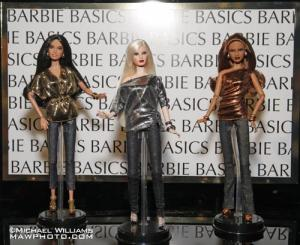barbie-basics-25-and-more-L-NK4B1O