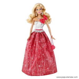 Barbie-Holiday-2013-Caucasian-Doll1