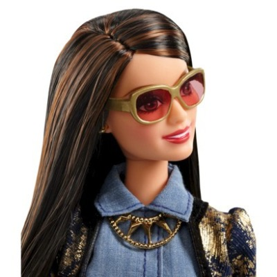 Barbie-Glam-Luxe-Fashion-Raquelle-Metallic-Doll3