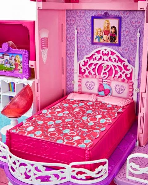 2014_Barbie_Dreamhouse_House_05