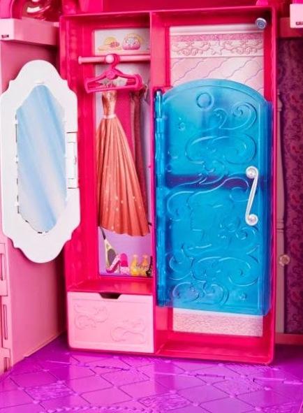 2014_Barbie_Dreamhouse_House_06