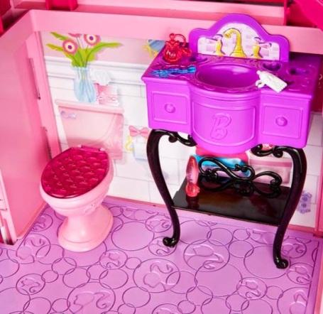 2014_Barbie_Dreamhouse_House_07