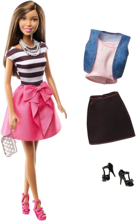Barbie-Nikki-Doll-and-Fashions-Giftset-631x1024