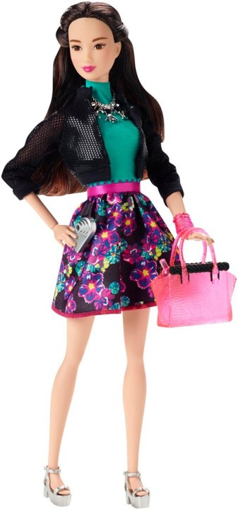 barbie-style-glam-doll-night-asian